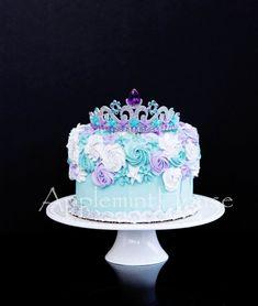 Birthday Cake Crown, Mermaid Birthday Cakes, Elsa Birthday, Birthday Cake Toppers, Birthday Crowns, 30th Birthday, Mermaid Tail Cake, Mermaid Crown, Mermaid Cakes