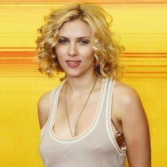 Scarlett Johansson HD Wallpapers and Pic.Sexy WideScreen Wallpaper For Scarlett Johansson.Hottest Scarlett Johansson Wallpapers and Sexy Photos. Scarlett And Jo, Black Widow Scarlett, Black Widow Natasha, Scarlett Johansson, Actrices Hollywood, Natasha Romanoff, Hollywood Walk Of Fame, Lucille Ball, Kate Beckinsale