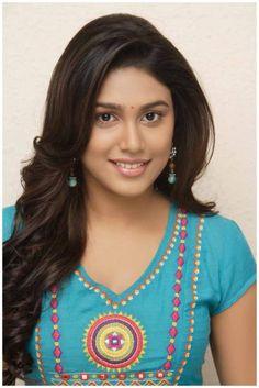 Photos, Stills, Posters and Images of movie Manisha Yadav - WoodsDeck Beautiful Girl Indian, Beautiful Girl Image, Beautiful Indian Actress, Beautiful Women, Simply Beautiful, Beautiful People, Cute Beauty, Beauty Full Girl, Beauty Women