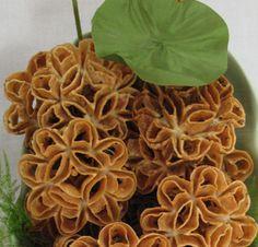 Kanom Dok Bua (Thai) Lotus Blossom Cookies