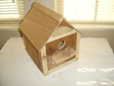 basic bottom opening birdhouse