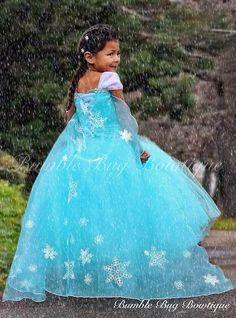 Elsa inspired costume idea