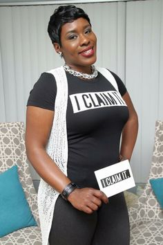 Beautiful black Queen Women with I CLAIM IT shirts on a part of the I CLAIM IT queens movement have you joined? #iclaimitqueens #iclaimit #claimsetter #iclaimitqueen