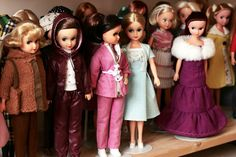Fleur dolls #0132 - Collections - Obsessionistas - collectors & their collections