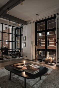 Industrial loft design with black steel class Home Design Diy, Design Loft, Loft Interior Design, Design Case, Interior Architecture, House Design, Design Ideas, Luxury Interior, Loft Estilo Industrial