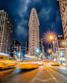 The Flatiron Building by Jacob Riglin by newyorkcityfeelings.com - The Best Photos and Videos of New York City including the Statue of Liberty Brooklyn Bridge Central Park Empire State Building Chrysler Building and other popular New York places and attractions.