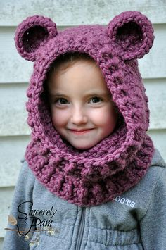 Un'bear'ably Cute Hooded Cowl pattern