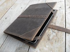 Handmade Leather Ipad Case by UrbanCow on Etsy