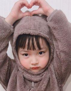 Trendy Baby Korean Boy And Girl – Baby Ideas Cute Baby Meme, Cute Love Memes, Baby Memes, Cute Asian Babies, Korean Babies, Asian Kids, Cute Chinese Baby, Chinese Babies, Cute Little Baby Girl