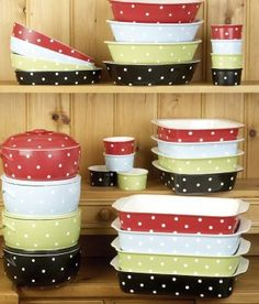Polka dot dishes :)