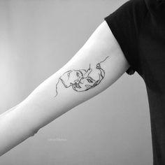 𝚝𝚊𝚝𝚝𝚘𝚘 𝚊𝚛𝚝𝚒𝚜𝚝 в Instagram: «#tattoo #strashkeva #blacktattoo #smalltattoo #lovetattoo @anetagalek 🤗» Love Tattoos, Black Tattoos, Small Tattoos, I Tattoo, Tattoo Artists, Instagram, Petite Tattoos, Small Tattoo, Little Tattoos