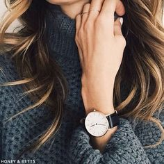 Daniel Wellington Watches. Absolutely minimal and gorgeous watch for the ladies. To get a chic look , team it up with a casual outfit.