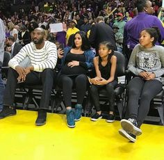 Pidksaskdf Facial Decoration Reusable Nose Mouth Co-vers Anti Dust Kobe-Bryant-and-Gianna-Maria- Face Co-vers Kobe Bryant And Wife, Kobe Bryant Daughters, Kobe Bryant Family, Kobe Bryant 24, Kobe Quotes, Kobe Bryant Quotes, Kobe Bryant Pictures, Love And Basketball, Basketball Players