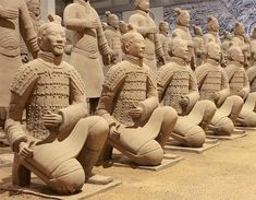 terracota army ( Image Broker/Rex Features)