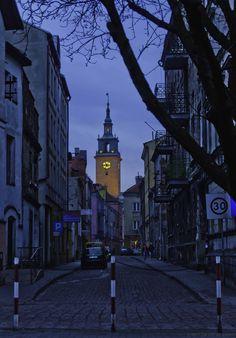 cornersoftheworld:  Kalisz, Poland | by ilvic  the architecture.