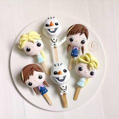 Frozen cakesicles by Sweet Endings by Lulu on Instagram