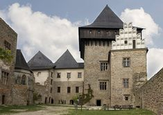 The Lipnice nad Sázavou Castle, founded in the early part of the century, was one of the mightiest of the Czech castles. 14th Century, Czech Republic, Cathedral, Mansions, House Styles, Building, Manor Houses, Palaces, Scotland