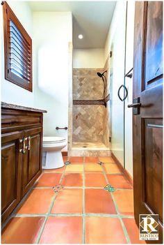 Mexican Style Decor, Spanish Style Decor, Spanish Style Homes, Spanish Style Bathrooms, Spanish Bathroom, Spanish Tile, Home Design, Design Ideas, Santa Fe