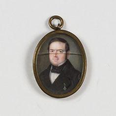 ESCUELA ESPAÑOLA, SIGLO XIX Retrato en miniatura de caballero con medalla  Temple sobre marfil, óvalo. 3 x 2,2 cms. Colección Díaz Carvajal