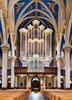 Paul Fritts Organ, Opus 37 - University of Notre Dame - Basilica of the Sacred Heart - Notre Dame, Indiana - USA - 2017 Sacred Architecture, Church Architecture, Beautiful Architecture, Architecture Design, Cathedral Basilica, Cathedral Church, Notre Dame Basilica, Church Interior, Amazing Buildings
