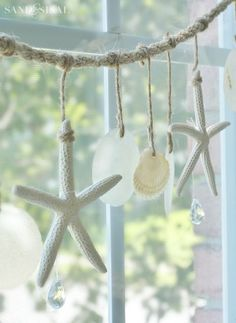 Starfish and Capiz Shell Garland The post Sea Chimes – Shell Wind Chime tutorial. Starfish and Capiz Shell Garland… appeared first on Nenin D . Beach Cottage Style, Beach Cottage Decor, Coastal Cottage, Coastal Style, Coastal Decor, Coastal Living, Coastal Entryway, Coastal Farmhouse, Modern Coastal