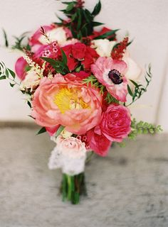 Pink peony bouquet | Photo by Jill Thomas Photography