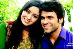 Rumors of TV actors Asha Negi aka Purvi and Rithvik Dhanjani aka Arjun of Pavitra Rishta dating each other have been doing the rounds since quite some time now.