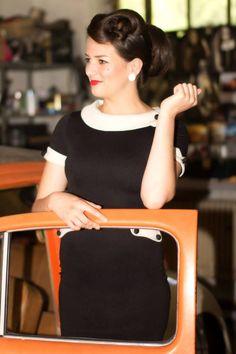Pouzdrové šaty Tiffany a v nich naše modelka Týna