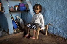 Eritrean refugees in Shimelba refugee camp in #Ethiopia.   UNHCR / F. Courbet / December 2008