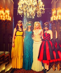 Pretty Little Liars girls... I basically want Aria's entire wardrobe. - buy this #dress with http://dressapp.tv