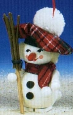 Steinbach Scottish Snowman Wood Christmas Tree Ornament Steinbach http://www.amazon.com/dp/B0053BW0KY/ref=cm_sw_r_pi_dp_YHvywb15NPFGJ
