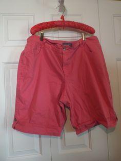 Women's Plus Size Shorts, Gloria Vanderbilt Long Shorts Short Outfits, Cool Outfits, Womens Long Shorts, Plaid Pleated Skirt, Women's Plus Size Shorts, Gloria Vanderbilt, Festival Outfits, Bermuda Shorts, Vintage Ladies