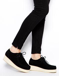 Zapatos con plataforma plana MOMENTO de