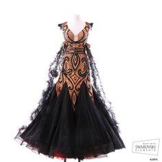 Stunning black and tan art deco feel