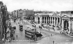 College Green Dublin street scene, image of Grattan's Parliament building Dublin Ireland & Henry Grattan statue print Green Pictures, Old Pictures, Old Photos, Vintage Photos, Dublin Ireland, Ireland Travel, Dublin Street, Advantages Of Solar Energy, Photo Engraving