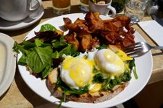 My 6 favorite breakfast and brunch places in New York City: Putnam's Pub & Cooker in Brooklyn.