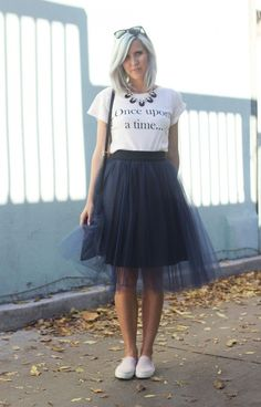 How To Style a Tulle Skirt: Casual {Bicyclette Boutique} #tulleskirtcasual