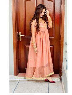 Stylish Dresses For Girls, Stylish Girl Pic, Nice Dresses, Casual Dresses, Girls Dresses, Formal Dresses, Long Dresses, Formal Wear, Pakistani Dresses