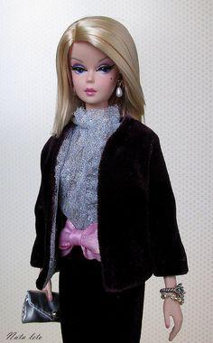 https://flic.kr/p/AFXaz8   Fashionably Floral Silkstone Doll