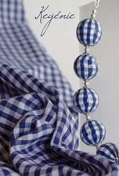 gingham necklace!