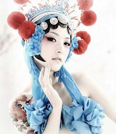 Chinese Theme, Chinese Style, Chinese Art, Traditional Chinese, Wholesale Boutique Clothing, Online Clothing Stores, Chinese Opera, Japanese Geisha, Iconic Women