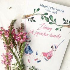 """Ponoć japońskie dzieci są najzdrowsze na świecie. Jeśli chcesz dowiedzieć się dlaczego tak jest, śmiało sięgaj po książkę """"Zdrowy jak japońskie dziecko"""" Naomi Moriama i Williama Doyle.⠀⠀⠀⠀⠀⠀⠀⠀⠀Generalnie podoba mi się japońskie podejście do jedzenia, wystroju wnętrz, mody czy urody. Nie mogłam więc przejść wobec tego tytułu obojętnie, bo o ile co nieco czytałam o japońskim podejściu do wychowywania dzieci, o tyle nie do końca łączyło się to ze zdrowiem...Tytuł mnie skusił, ale zawartość… Tableware, Instagram, Dinnerware, Tablewares, Dishes, Place Settings"""