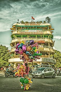 Peters suggestion: City View Cafe, Hanoi.An interesting bar I went in Hanoi was on the fifth floor overlooking the main roads. It sells a decent Singapore Noodles and watching the traffic below is fascinating,
