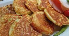 Στο πρωινό με τυριά, με μέλι, με μαρμελάδα, όπως και να φαγωθούν… τρώγονται επίσης φτιάχνοντας σαντουιτσάκια με αλλαντικά! Υλικά: 1 ποτήρι γιαούρτι 3