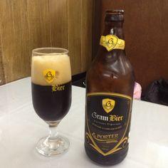 Cerveja Gram Bier Porter, estilo Porter, produzida por Cervejaria Gram Bier, Brasil. 7% ABV de álcool.