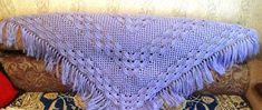 Шаль с веерным узором Crochet Shawl, Knit Crochet, A Hook, Crochet Videos, Shawls And Wraps, Crochet Clothes, Shag Rug, Crochet Projects, Crochet Patterns