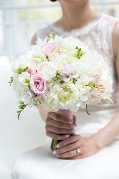 Beautiful bouquet: http://www.stylemepretty.com/new-york-weddings/new-york-city/brooklyn/2015/05/16/romantic-brooklyn-summer-wedding/ | Photography: Cody Raisig - http://codyraisig.com/