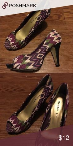 Geometric pattern heels Used condition but a fun pair to switch things up for cheap. Pretty comfy too! One small area where seam opened up but not too noticeable. Madden Girl Shoes Heels