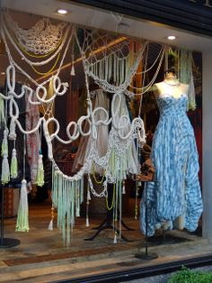 Free People has such a raw, organic look and feel to it. Urban Outfitters Company is definetly one I desire to work for in the future, they sure know how to display their garments in style.