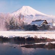 Vermont in winter Snowmobile Tours, Snowmobile Parts, Snow Mountain, Green Mountain, Snow Pictures, Snow Flakes, Mountain States, Snow Scenes, Winter Beauty